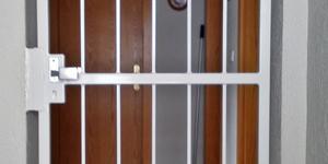 Hochwertige Montage von Türen in Groß-ZimmernHochwertige Montage von Türen in Groß-Zimmern